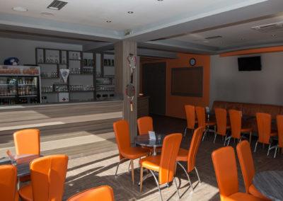 orange-club-3
